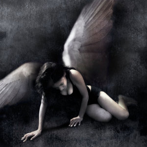 Fallen_Angel_by_DiegoUnspire